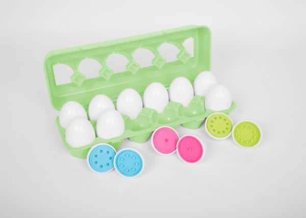 Gekleurde eieren match
