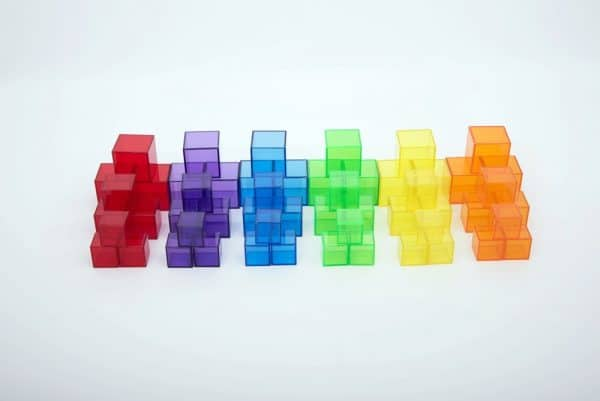 Transparant gekleurde blokjes